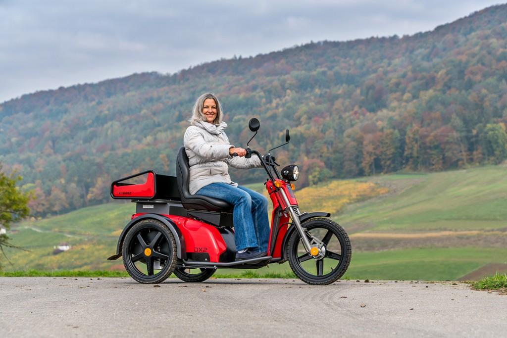 kyburz dx2 das elektro dreirad fahrzeug f r senioren. Black Bedroom Furniture Sets. Home Design Ideas