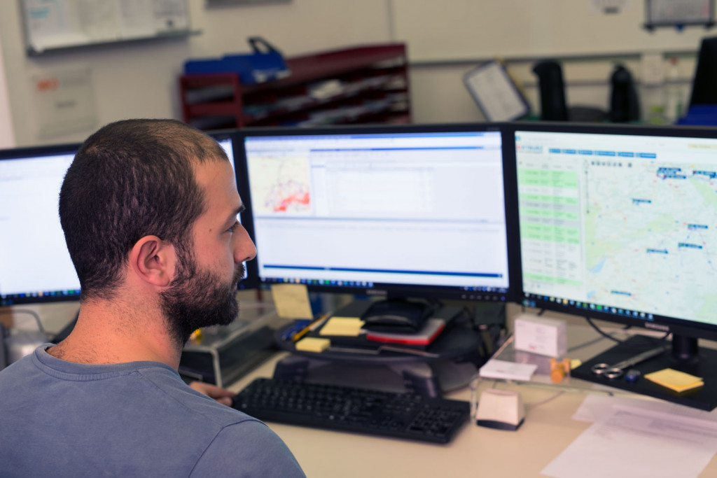 Debrunner acifer travaille avec kyburz fleet management system